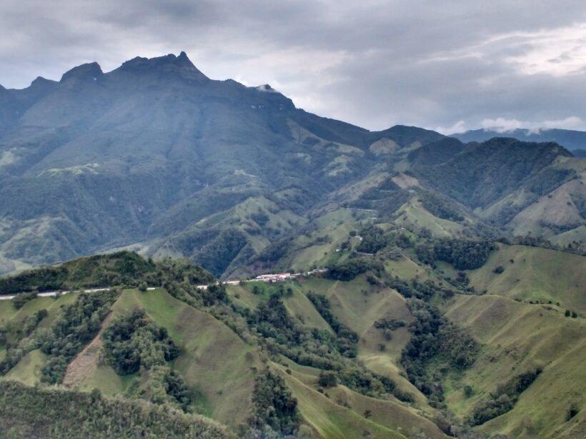 between-mountains_25300247700_o